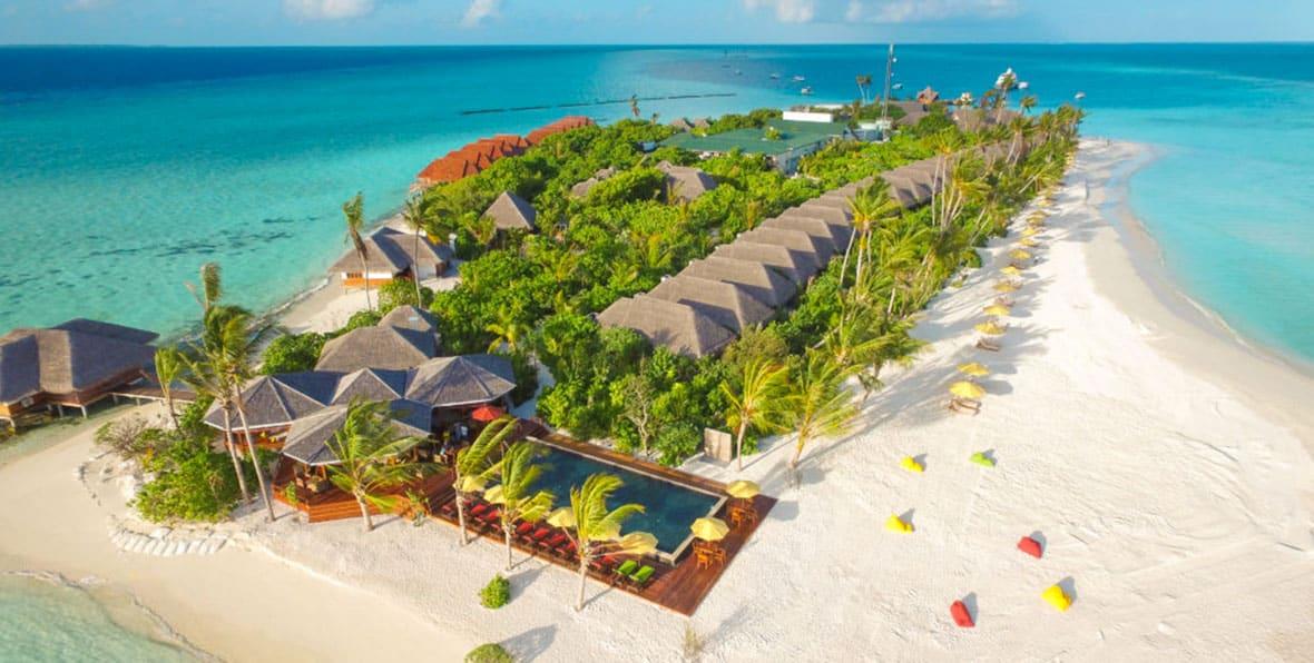 Vista áerea de una isla-resort de Maldivas