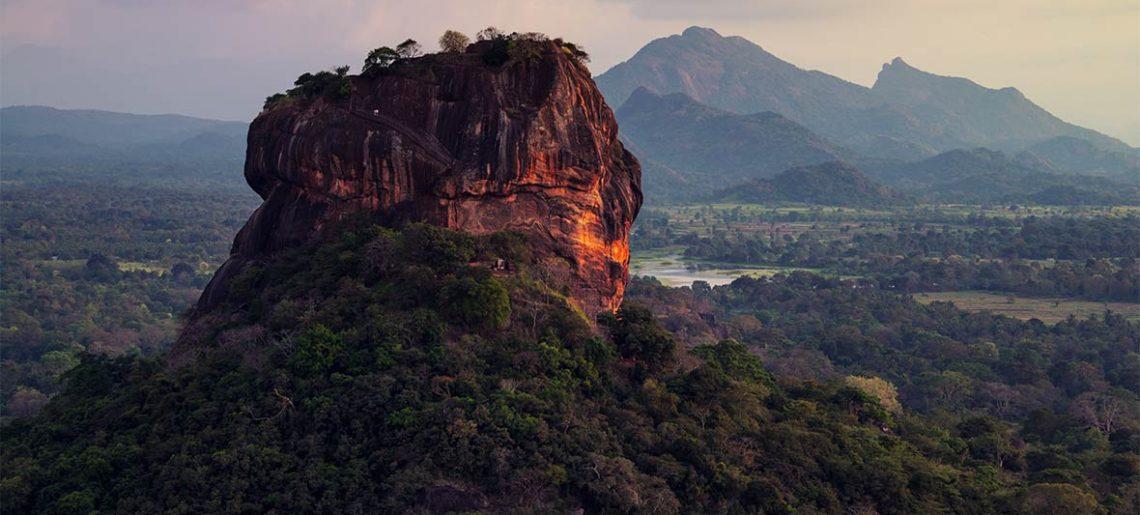 Colombo (chegada) – Excursão a Sigiriya