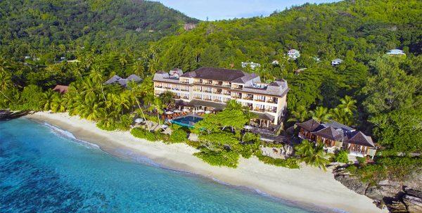 edificio prncipal DoubleTree Resort by Hilton Seychelles