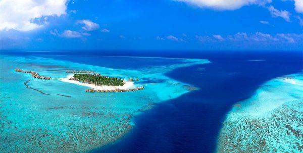 You and Me Maldives visto por un drone