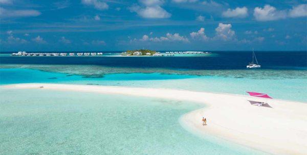 la lengua de arena de LUX* North Male Atoll Resort & Villas